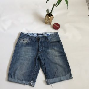 Tommy Hilfiger cut off jean shorts size 32 /10' l